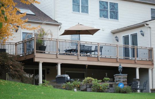 paul construction deck design