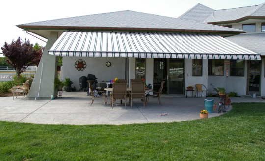 patio ideas for back yards