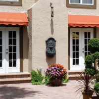 awning styles of traditional homes