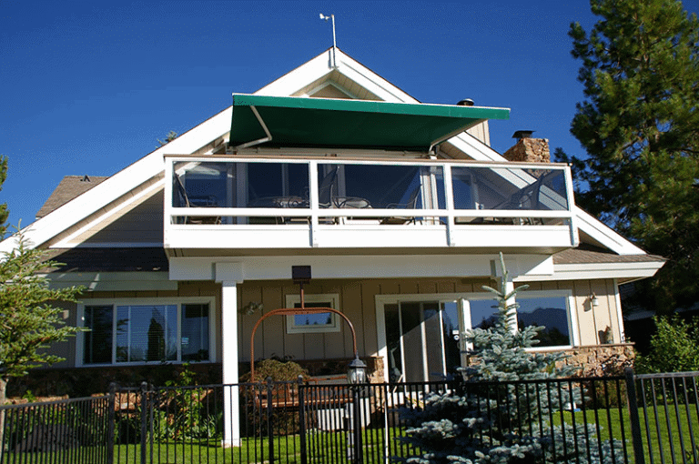 The Differences Between Awnings and Canopies