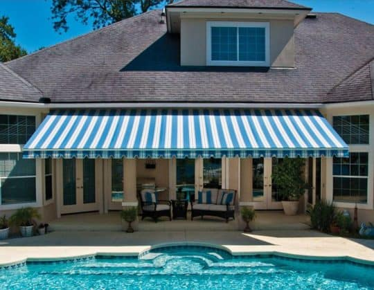 Plymouth Meeting retractable awnings
