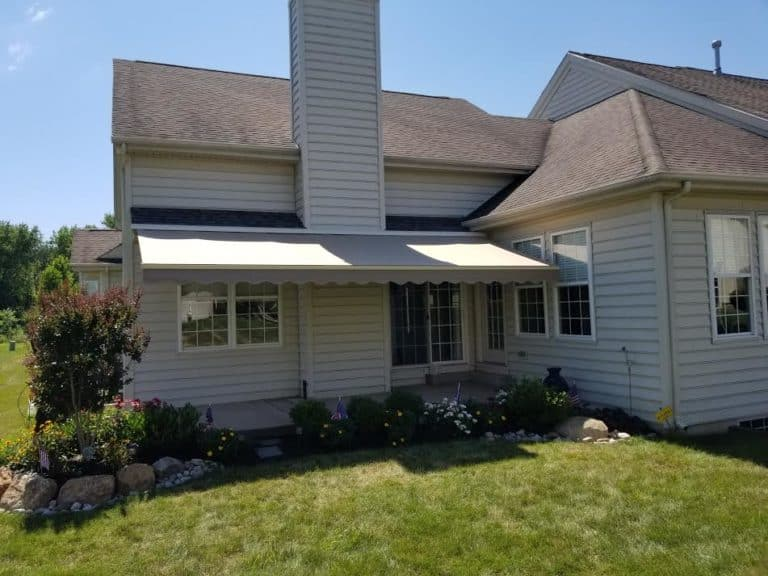 The Benefits of Electric Awnings for Homes